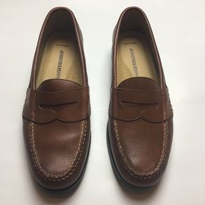 Johnston and Murphy - Memory Foam Loafers - SZ 9M